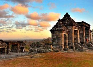 Wisata Yogyakarta Istana Ratu Boko Keren