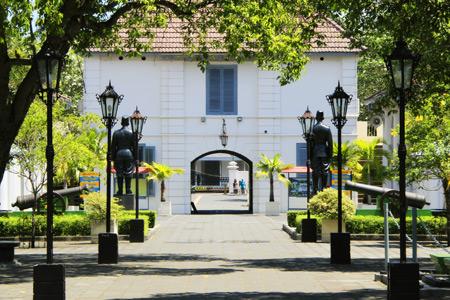 Menyusuri Sejarah Bangsa Dari Benteng Vredeburg Halaman Depan