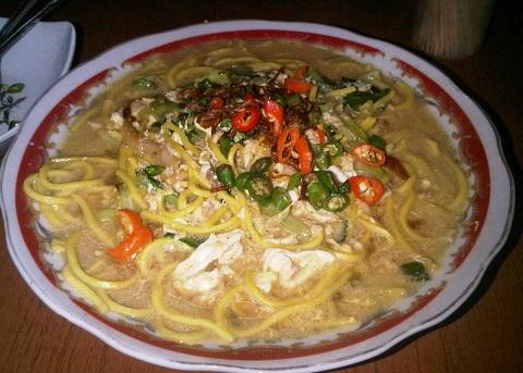 Bakmi Jokteng, Wisata Kuliner Jogja Pojok Benteng