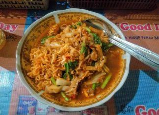 Mie Dokdok: Menu Makan Enak di Jogja Burjo Bang J Karanggayam