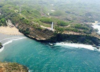 Menikmati Wisata Pantai Jogja di Baron, Gunungkidul
