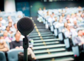 Bagaimana menjadi pembicara umum yang baik