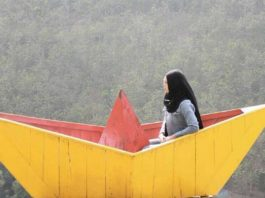 Bukit Panguk Kediwung Dlingo: Berimajinasi Terbang Diatas Awan dan Membawa Kita