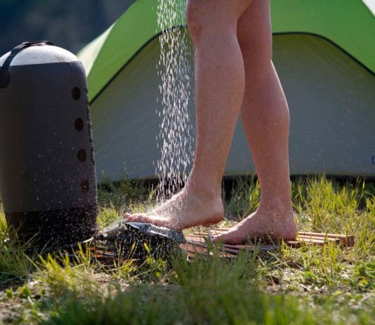Helio Pressure Shower: Inovasi Briliant Buat Yang Hobby Camping or Mantai - Portable Shower