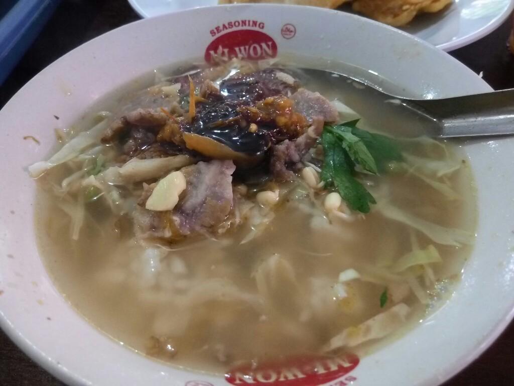 Soto Daging Sapi Pak Ngadiran: Kuliner Soto Legendaris Jogja, Maknyus Tenan