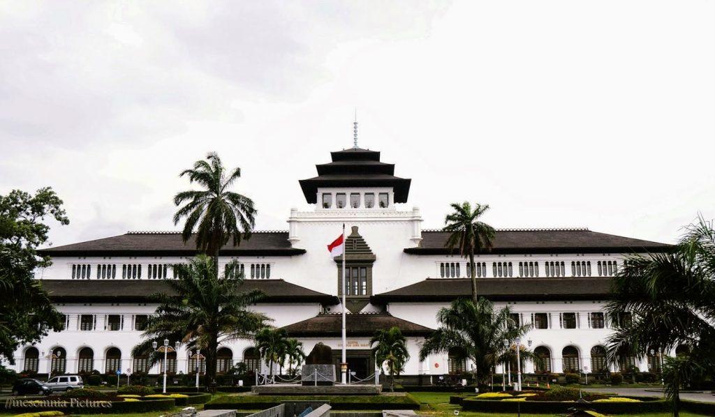 5 Tempat Wisata Sejarah Kota Bandung Yang Wajib Sobat Kunjungi