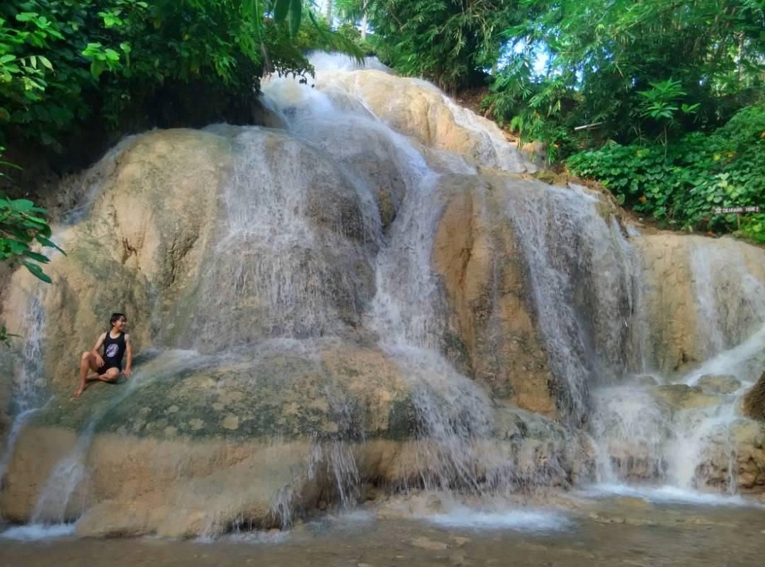 Air Terjun Gedad Gunung Kidul Yang Menawarkan Suasana Hutan Alami