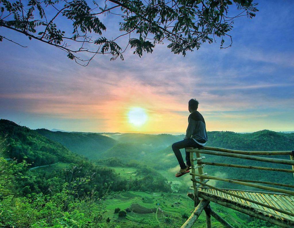 Tebing Watu Mabur Bantul Yang Akan Membuat Anda Menuju Nirvana