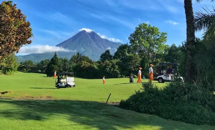 Merapi Golf Club: Menikmati Pesona Alam, Sekaligus Rekreasi Bisnis