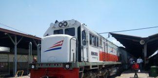 Informasi Jadwal Kereta Surabaya Malang (Bonus Tips Liburan Hemat)
